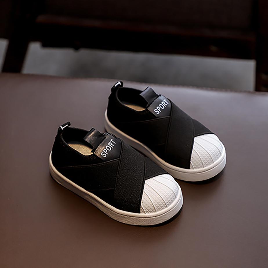Giày Slipon C05 Đen Cho Bé