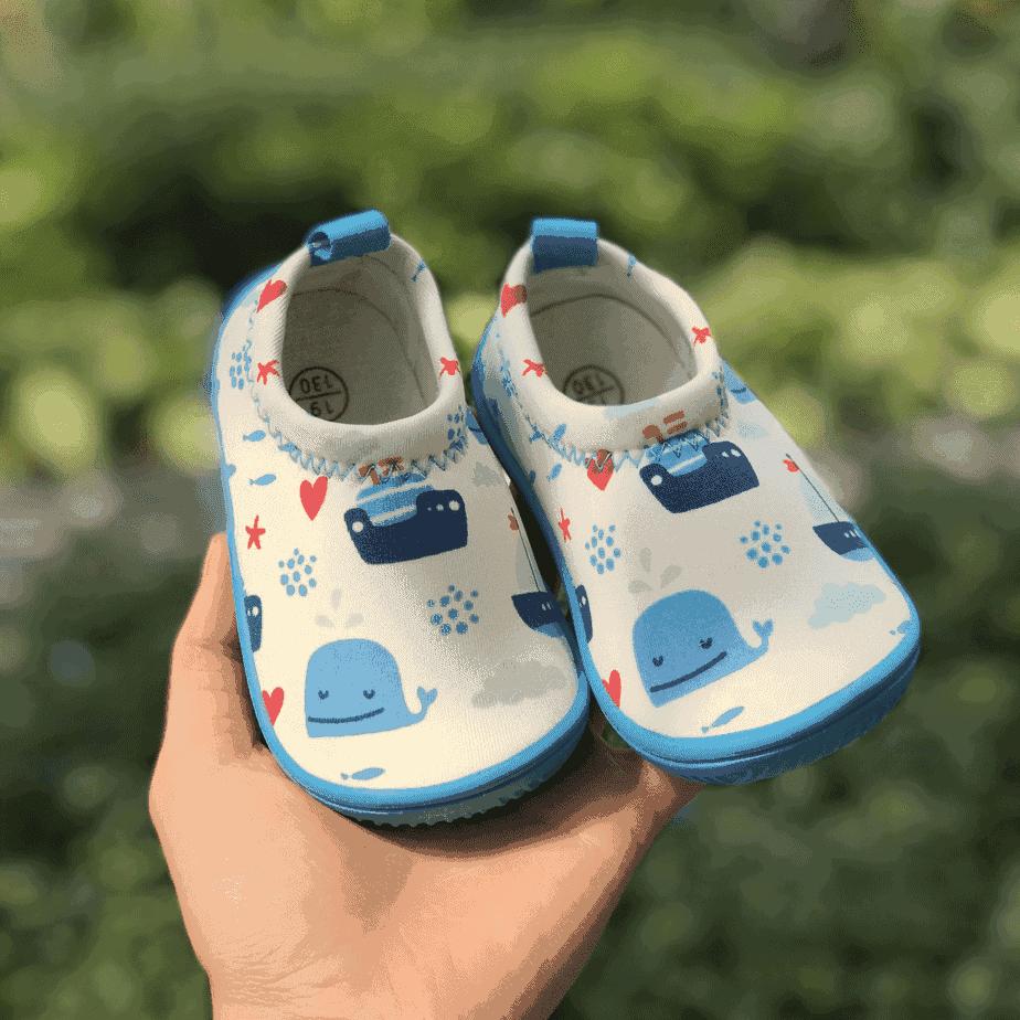 Giày Lười Trắng Tàu Xanh Cho Bé