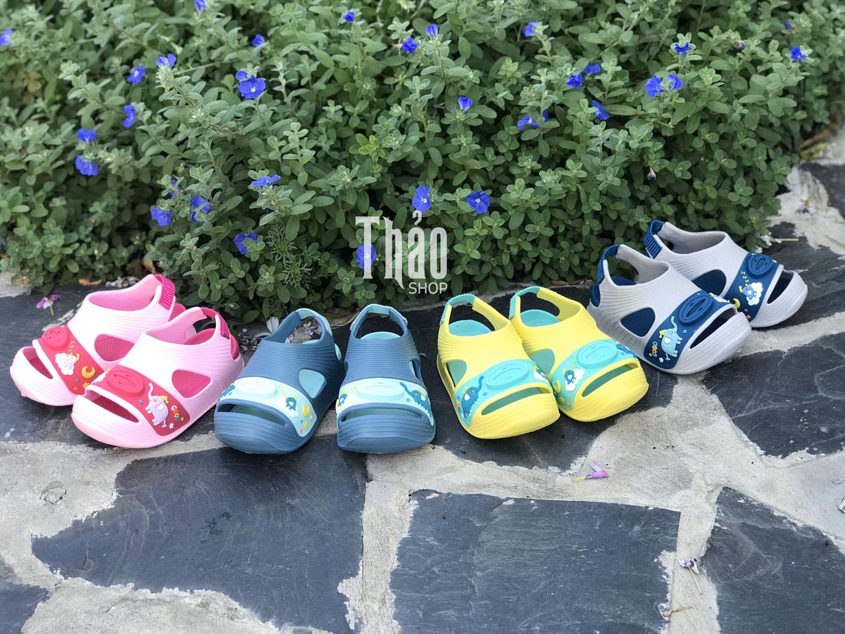 Đặt mua giày dép trẻ em tại Thảo Shop có nhiều ưu đãi hấp dẫn
