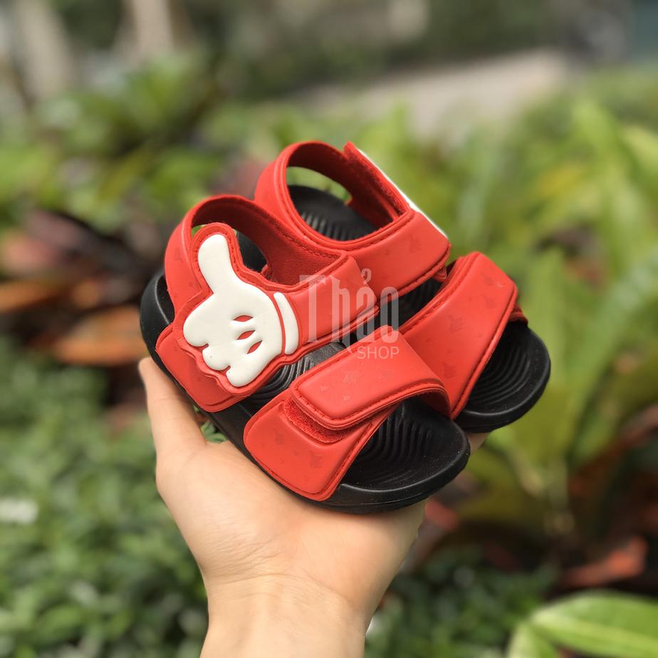 Chọn sandal cho bé theo kích thước