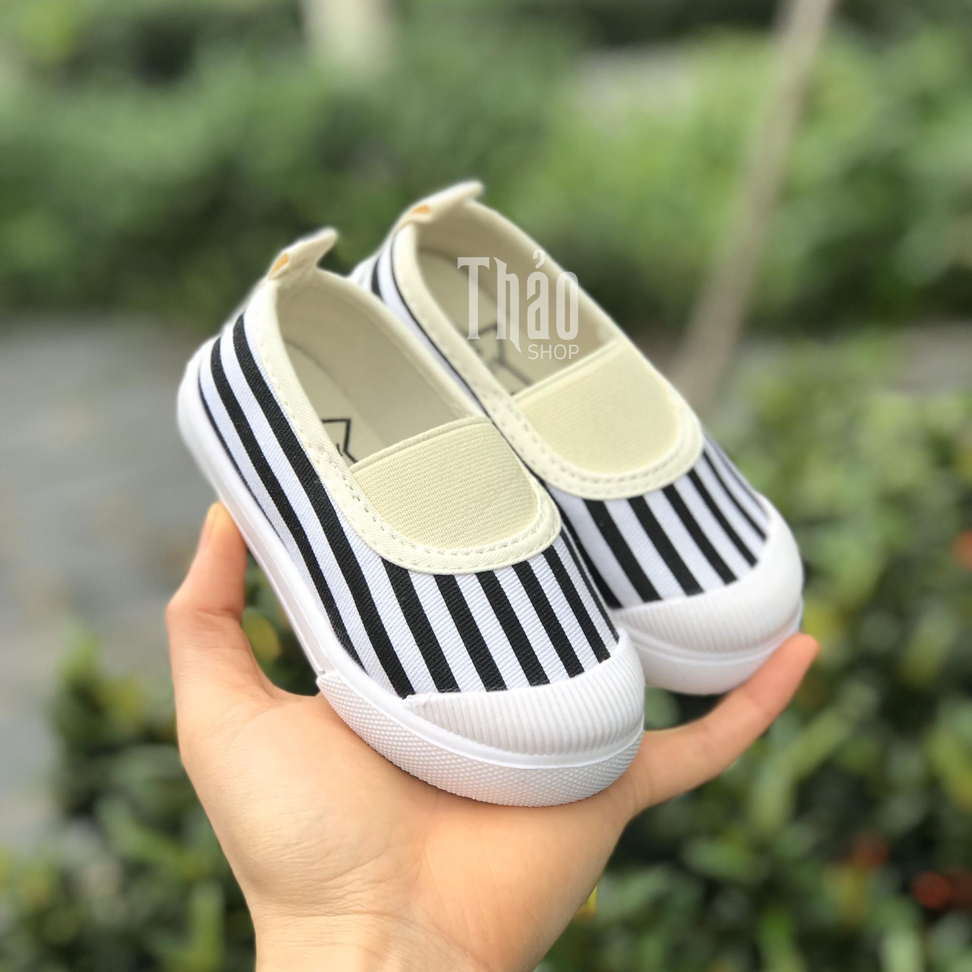 Giày Slipon V138 Kẻ Sọc Cho Bé