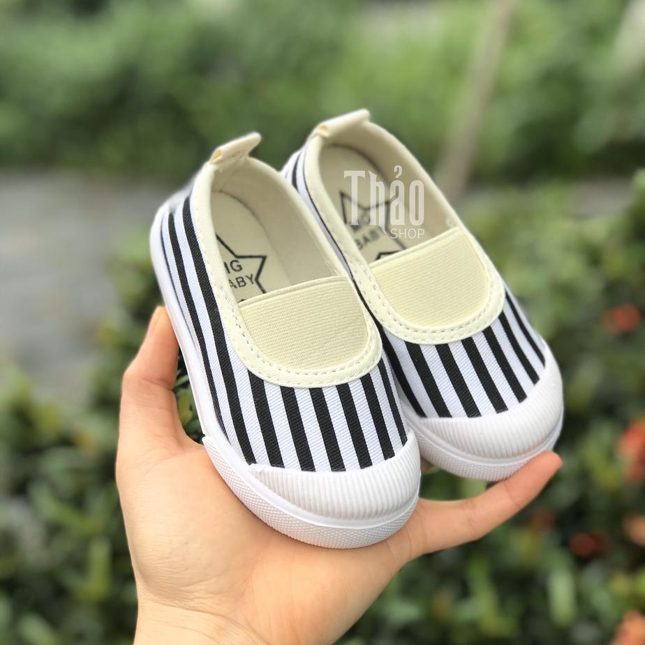 Giày cho bé
