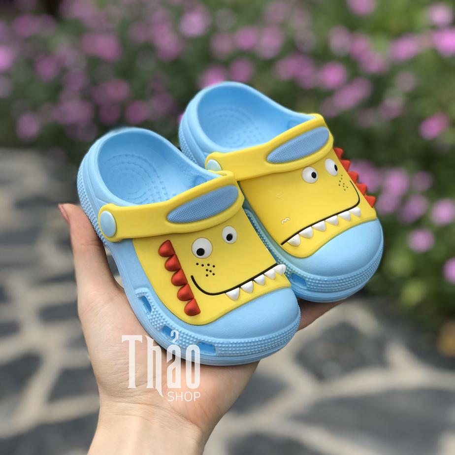 Crocs mùa hè tiện lợi cho bé