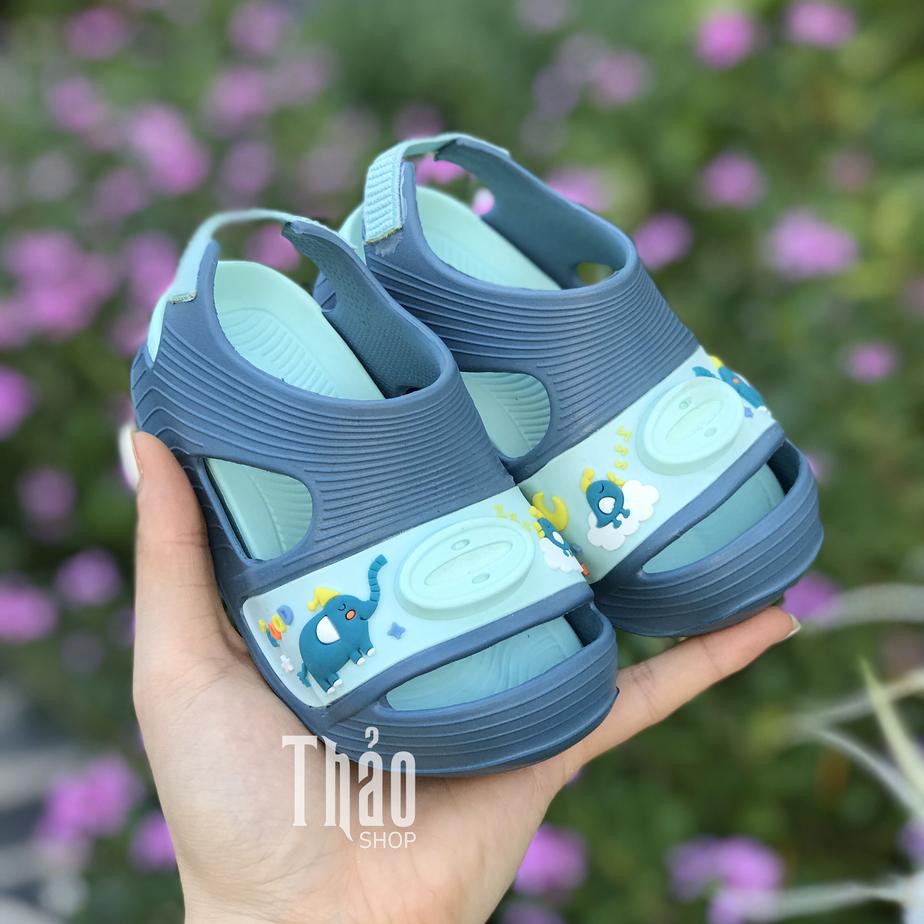 Sandal tập đi cho bé